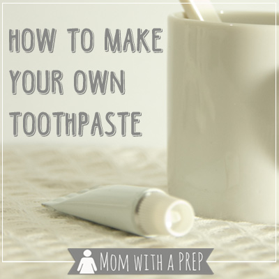 Mom with a PREP | As we look for more natural alternatives to the chemicals we fill our bodies up with everyday, we're making our own toothpaste. It's so easy, and you can do it, too!
