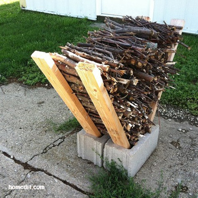 25+ DIY Cinder Block Projects for Your Home @ Momwithaprep.com | Project Shown: Kindling Holder from HomeEdit
