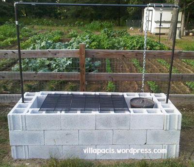 25+ DIY Cinder Block Projects for Your Home @ Momwithaprep.com | Project from Villapacis