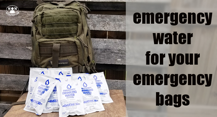 Emergency water in pouches for your bug out bags or 72 hour kits? You bet!! It may seem weird, but it's a cool way to store shots of water for those times you desperately need it! Emergency Kits | water storage
